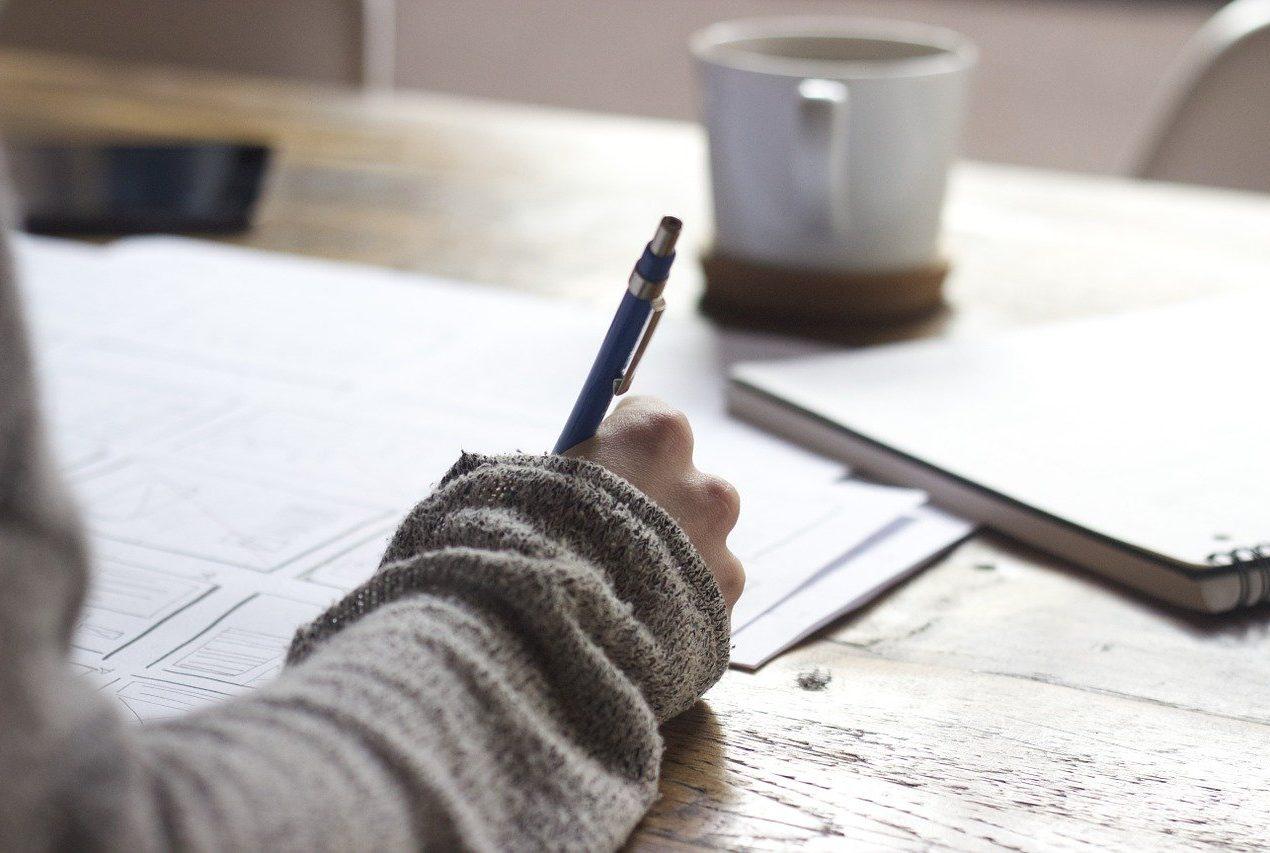 Rédacteur web débutant : comment s'entraîner à rédiger ?